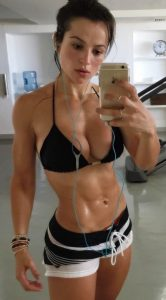 Alice-Matos-post-workout-selfiejpg