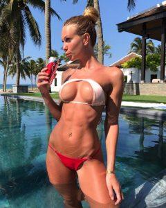 Bikini Abs