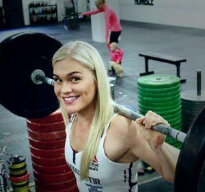 cute-girl-powerlifter