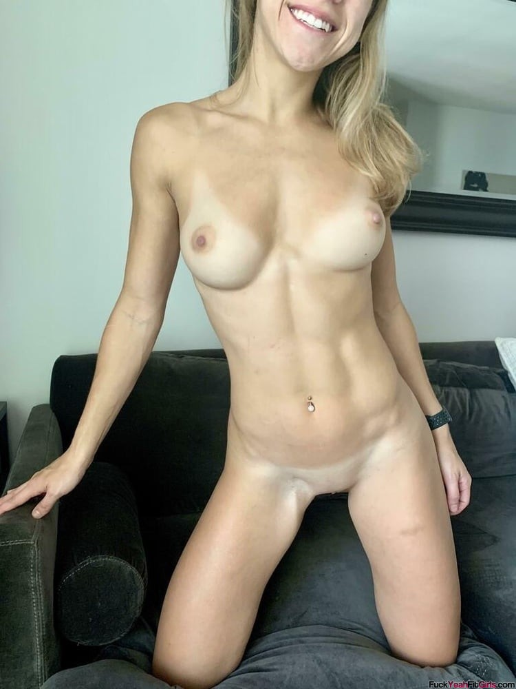 cute-nude-fit-girl