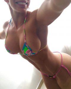 fit-babe-big-tits