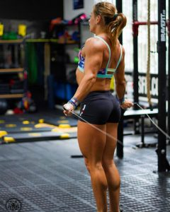 fit-butt-in-tight-workout-shorts