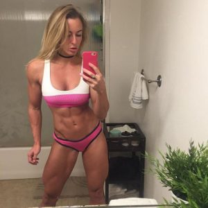 hot-fit-babe-selfie