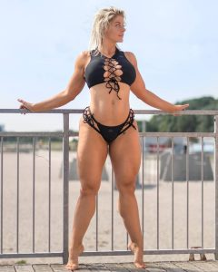 mia-sand-thick-fit-thighs