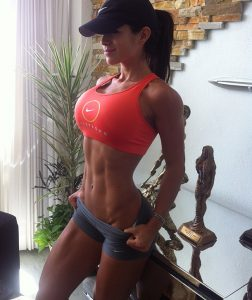 sexy-fit-girl-michelle-lewin