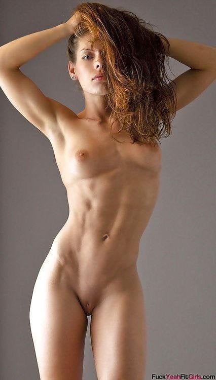 sexy-nude-fit-babe
