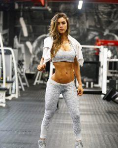 swaety-Anllela-Sagra-post-workout