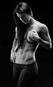 topless-hardbody-babe-yoga-pants